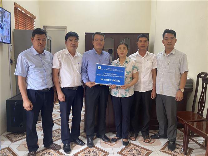 Công ty Constrexim – Hod ủng hộ 80 triệu đồng để xây dựng quỹ nhân đạo 2 cấp tại thành phố Chí Linh, tỉnh Hải Dương.