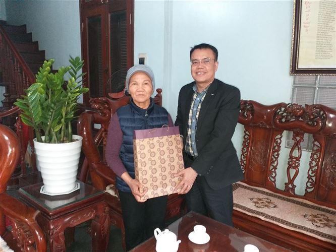 Công ty CONSTREXIM – HOD tổ chức thăm và tặng quà cho gia đình CBCNV nhân dịp Tết Canh Tý 2020